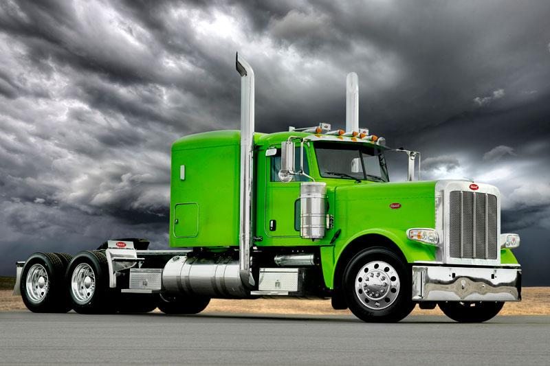 green-peterbilt2.jpg