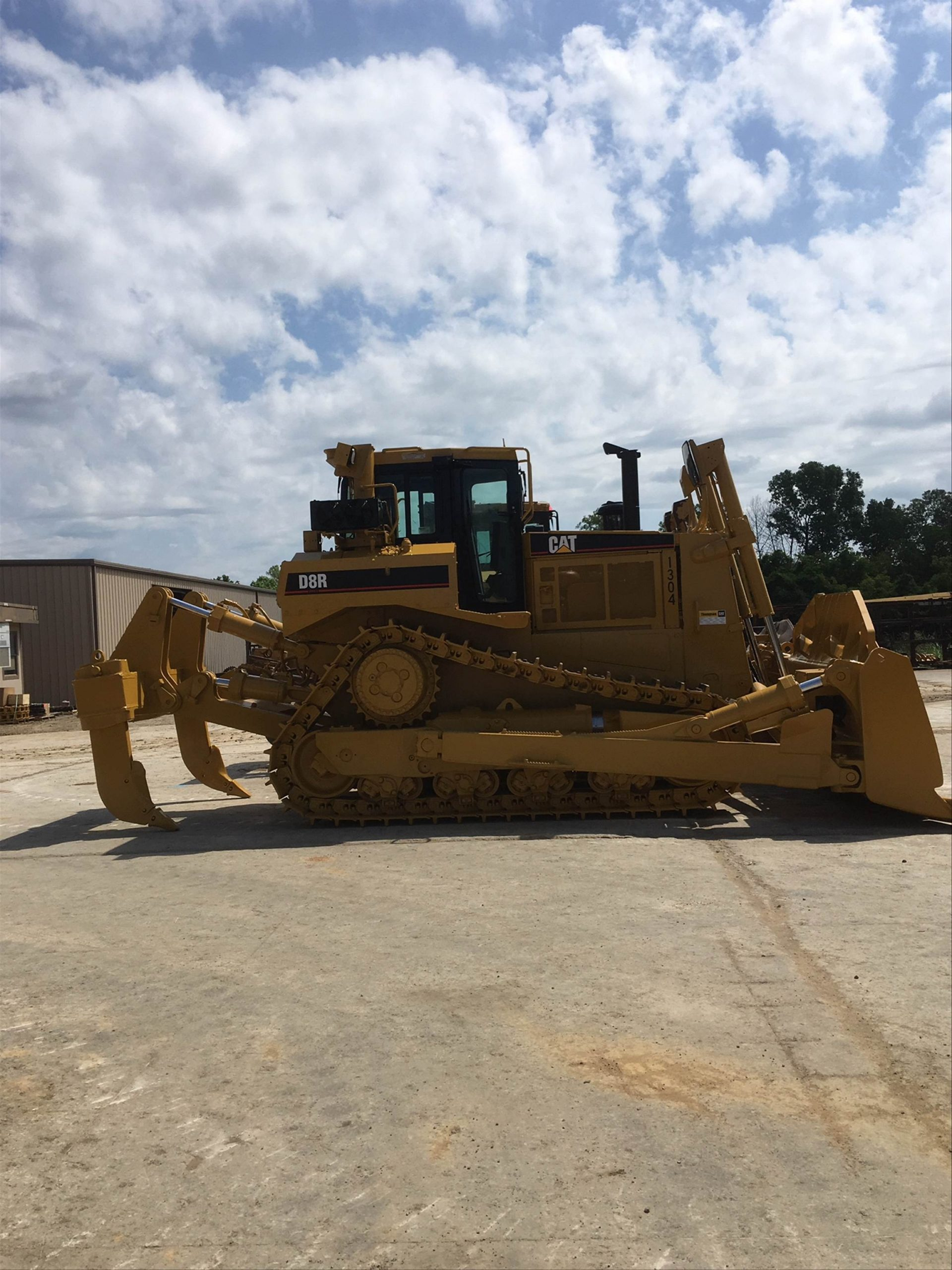 Cat dozer repainted